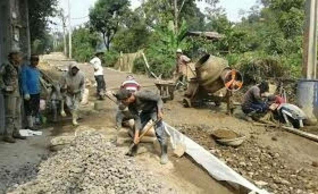 Proyek Jalan Lingkungan Disoal CEPOT, Kimrumtan : Proyeknya Beda Lokasi Tapi RT Sama