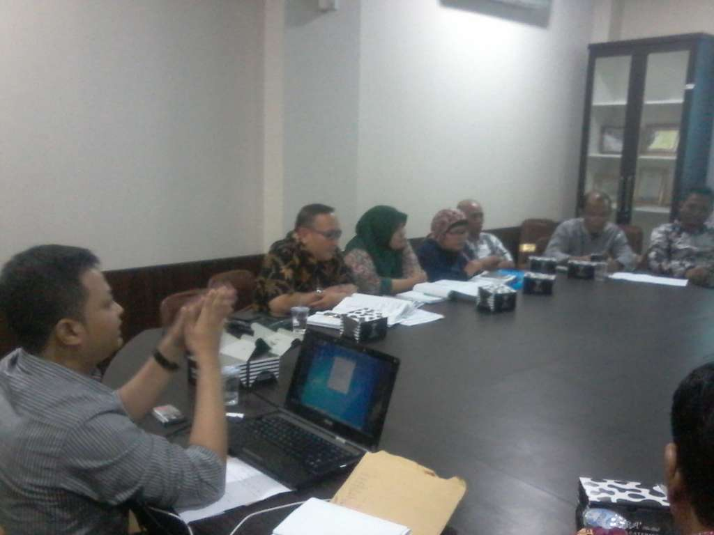 Aktivis Cekcok Dengan Dewan Saat Pembahasan Izin PT MKP
