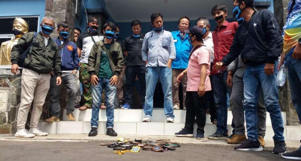 Protes Atas Terjadinya Anarkisme Terhadap Wartawan Tribun Jabar, PWI Cianjur Gelar Aksi Solidaritas