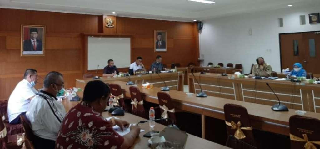 Komisi B DPRD Cianjur, Bahas Hasil Evaluasi Gubernur Tetang Dua Raperda Retribusi Daerah