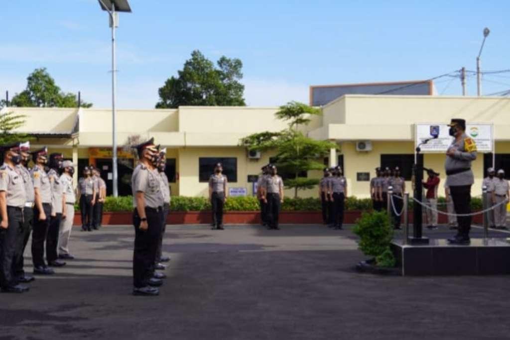 Polres Cianjur Memimpin Upacara Kenaikan Pangkat 139 Perwira dan Bintara