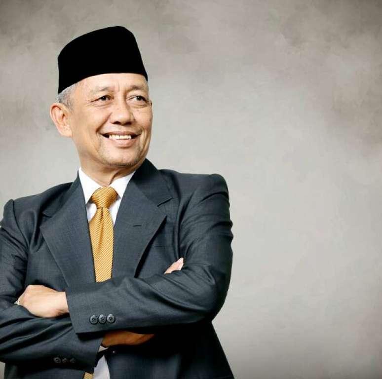 Sapturo Politisi Senior Golkar Tak Ragukan Wakil Rakyat Darah Muda