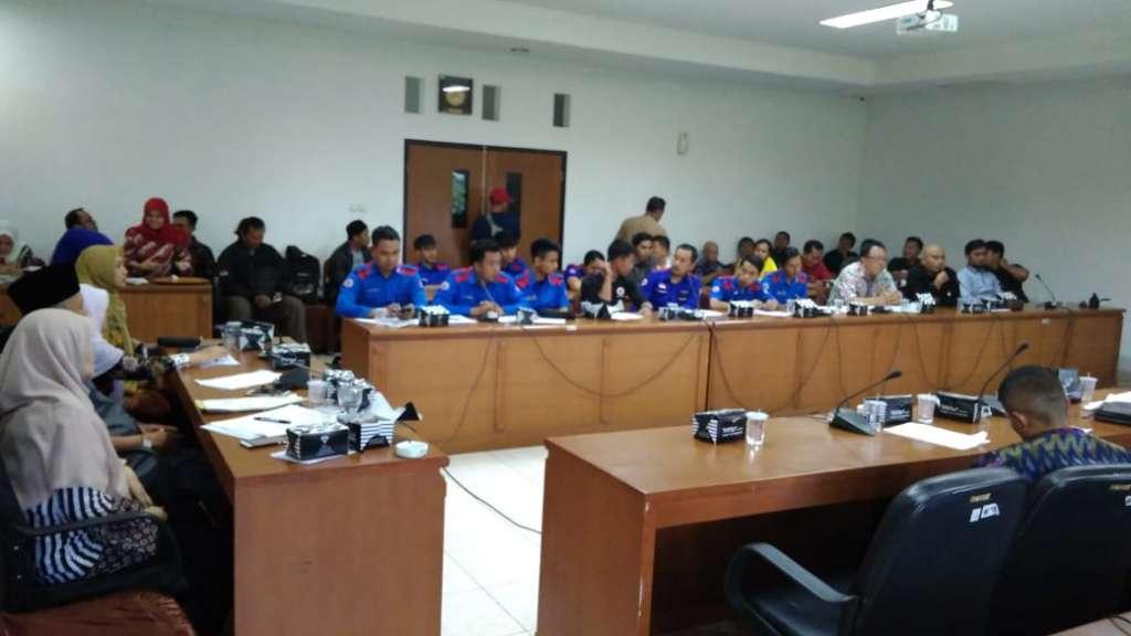 Dewan Geram, Enam Perusahaan Mangkir Dari Undangan