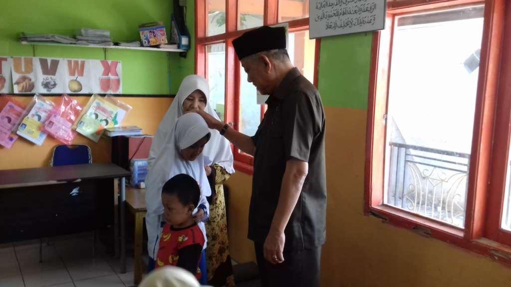 Indah Berbagi di Hari 10 Muharram 1441 Hijriah: Sapturo Buat Anak Yatim Tersenyum