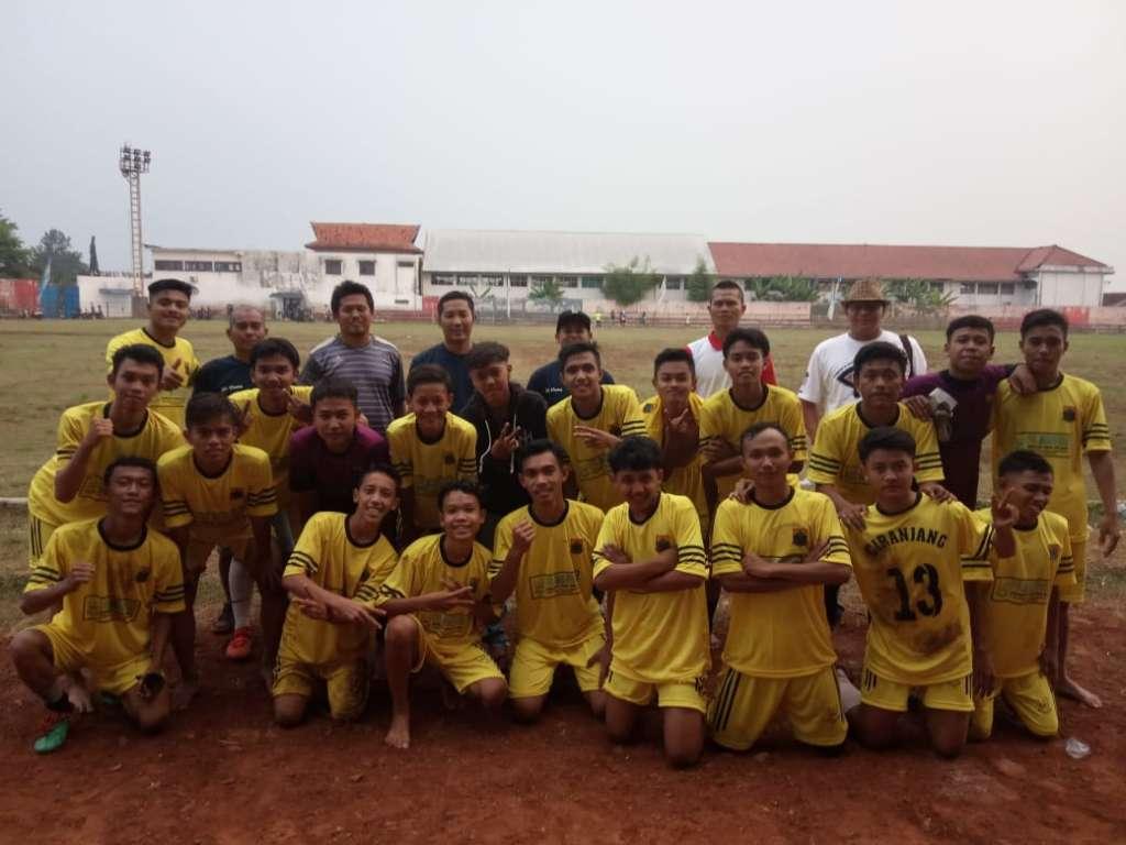 "Jelang Turnamen ""Bupati Cup U 18"" Tim Sepak Bola Kecamatan Ciranjang Fokus Latihan"