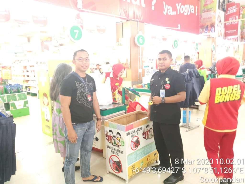 Polres Cianjur Pantau Pusat Perbelanjaan, Antisipasi Tindak Pidana dan Antrian Akibat Viral Virus Corona