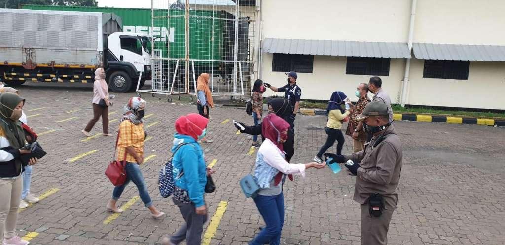 Polres Cianjur, Berikan Materi SOP Social Distancing Kepada 250 Karyawan PT Aurora World