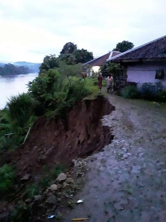 Bencana di Agrabinta Belum Mereda, Kemarin Banjir Sekarang Longsor