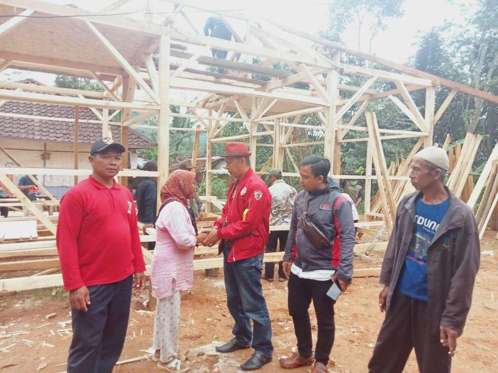 Kunker Ketua KPMP ke Sukanagara, Penggalangan Dana Pembangunan RTLH Milik Sepasang Lansia