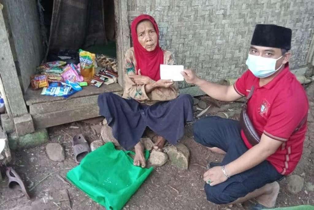 KPMP Berbagi Sembako di Bulan Suci Ramadhan 1442 H
